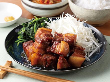 豚ブロックの黒酢角煮