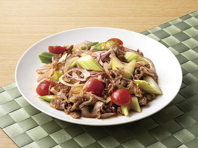 エスニック風牛肉のサラダの完成写真