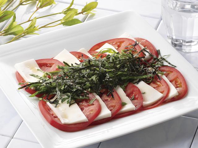 トマトとごま豆腐のカプレーゼ風の完成写真
