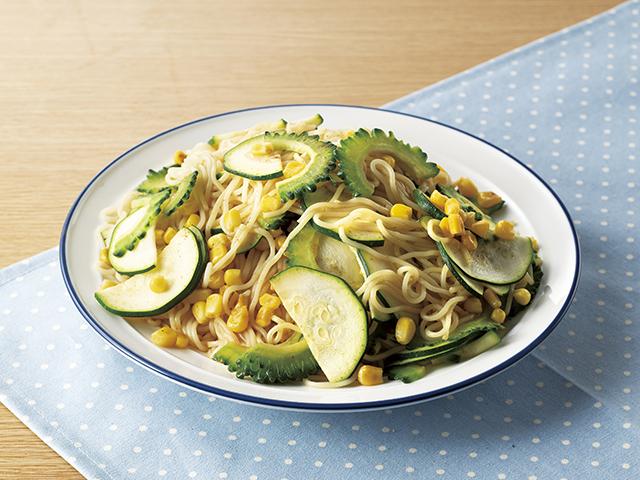 夏野菜とそうめんのカレー炒めの完成写真