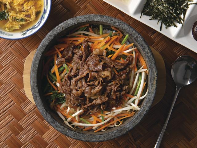 牛肉deビビンバ丼の完成写真